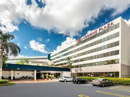 Parking at Crowne Plaza Chicago O\'hare Airport Parking near Chicago O\'Hare International Airport | ORD Airport