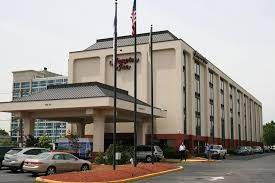 Parking at Hampton Inn Newark-Airport near Newark Liberty International Airport | EWR Airport