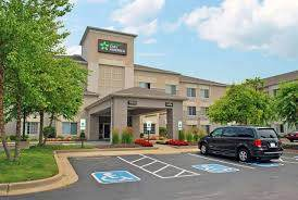 Parking at Extended Stay America - St. Louis - Airport - Central near St. Louis Lambert International Airport | STL Airport
