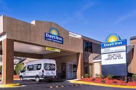 Parking at ATL Days Inn Airport Parking near Atlanta International Airport | (ATL) Airport