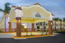 Parking at Days Inn & Suites by Wyndham Tampa Airport Parking near Tampa International Airport | TPA Airport