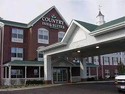Parking at Country Inn & Suites by Radisson, Chicago O\'Hare South, IL near Chicago O\'Hare International Airport | ORD Airport